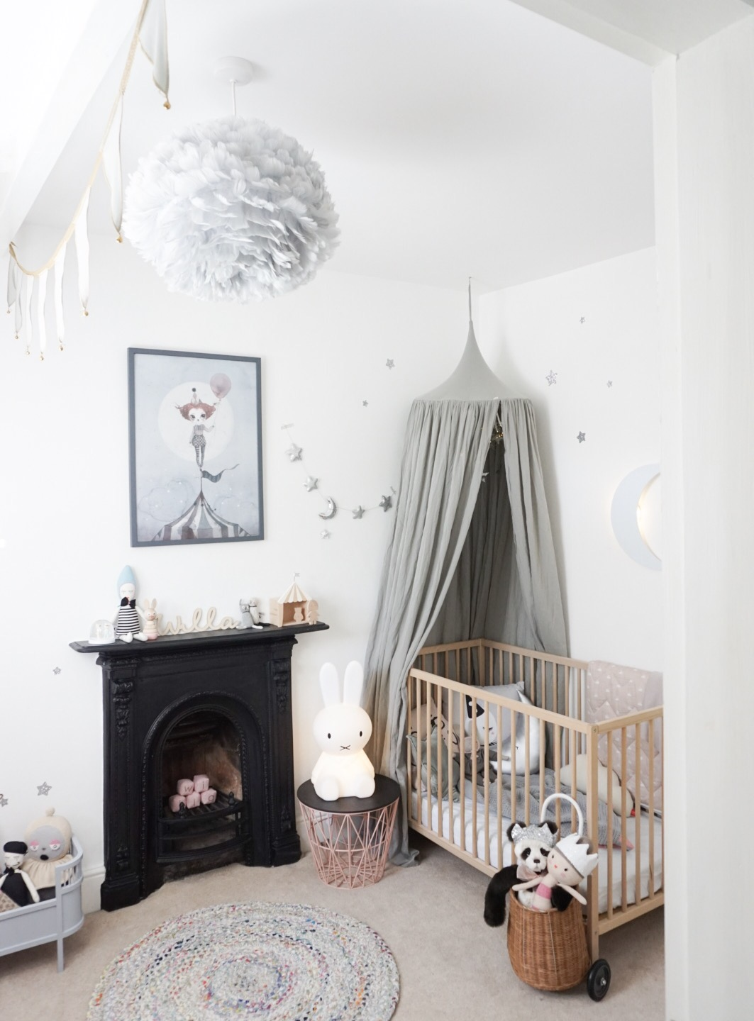 grey-and-white-nursery-velveteen-babies