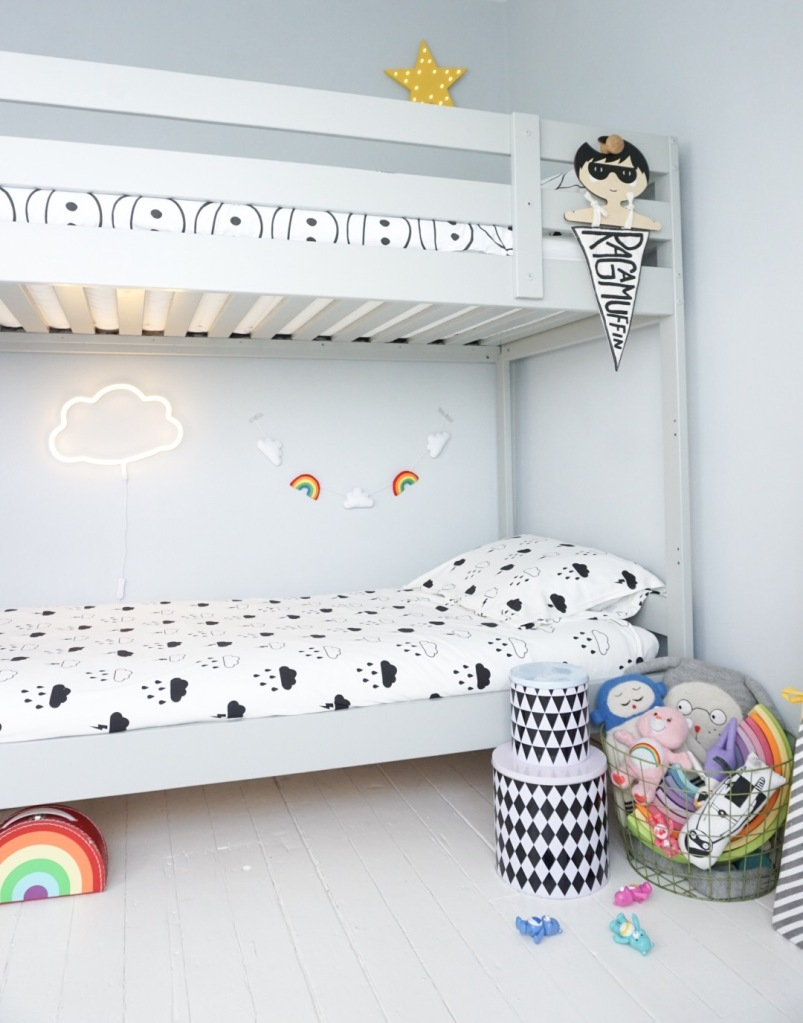 Rainbow theme kids room